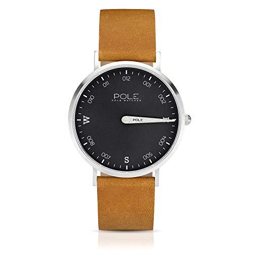 Pole Watches Reloj de Pulsera Analógico Monoaguja de Cuarzo para Hombre Esfera Plomo y Correa de Cuero Mostaza Modelo Compass Drab B-1001PL-MA02